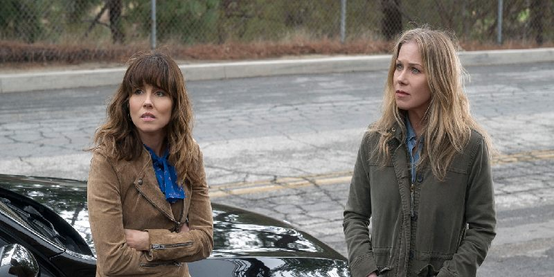 Judy Hale (Linda Cardellini), Jen Harding (Christina Applegate) | Dead to me | Już nie żyjesz | sezon 1